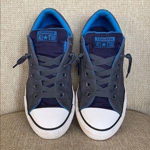 "Converse ""Chuck Taylor"" Allstar Sneakers"